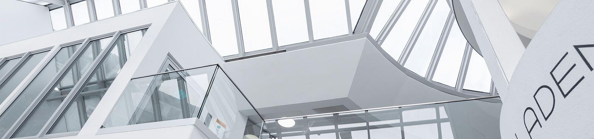 Glassline Glasgeländer - flexible, kurze Planung, schnelle ...