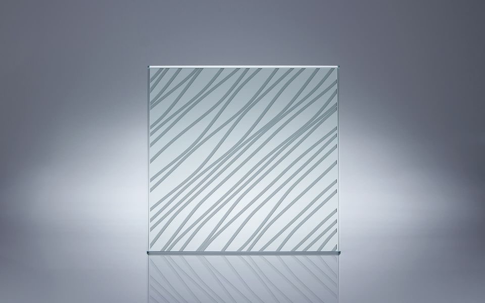 Wind- und Sichtschutz Davento von Glassline - Glasbeispiel Querstreifen