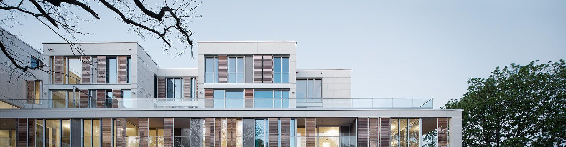 Produkte: Glasgeländer, Glasvordächer, Glasverbinder…