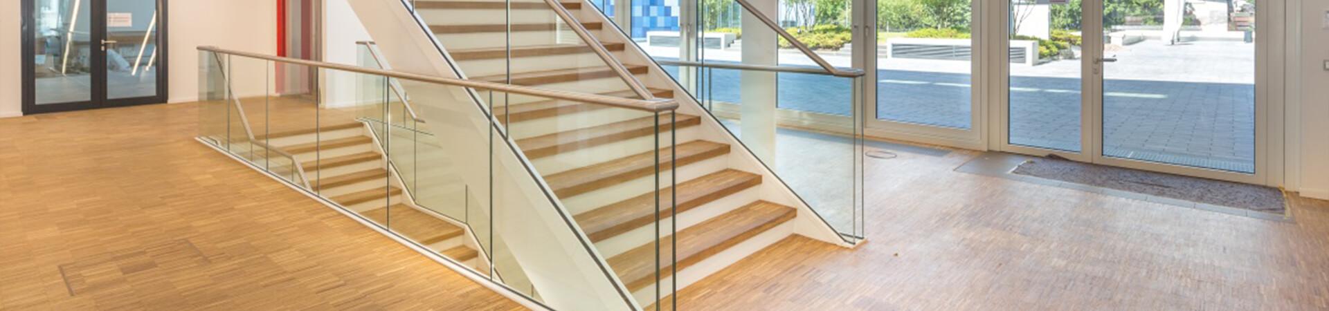 Glasgeländer Balardo Steel von Glassline